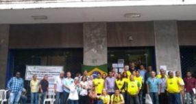 Portuários do RJ realizam Ato Público em frente a CDRJ