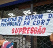 Portuários fazem manifestação na porta da CDRJ nesta segunda-feira
